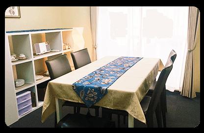 デスクルーム 1005号室 ソロラ 新宿 レンタルサロン レンタルルーム 貸し会議室